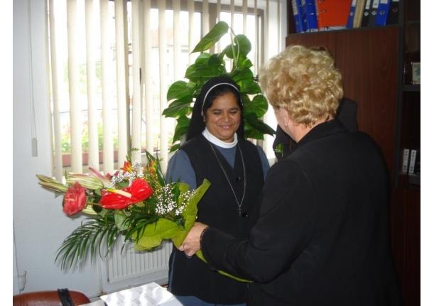 Înmânarea unei Diplome de Onoare pentru sora Pereira CARMELINA