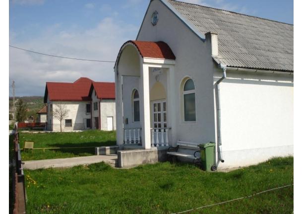 Biserica Apostolică Emanuel Buzești