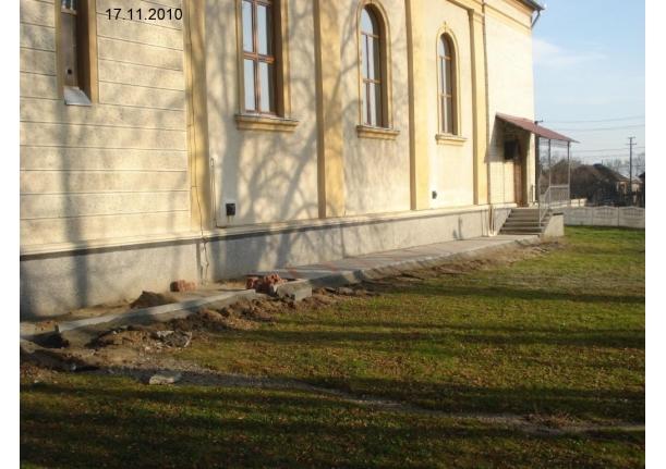 Biserica ortodoxă Tămaia - Lucrări de pavaj