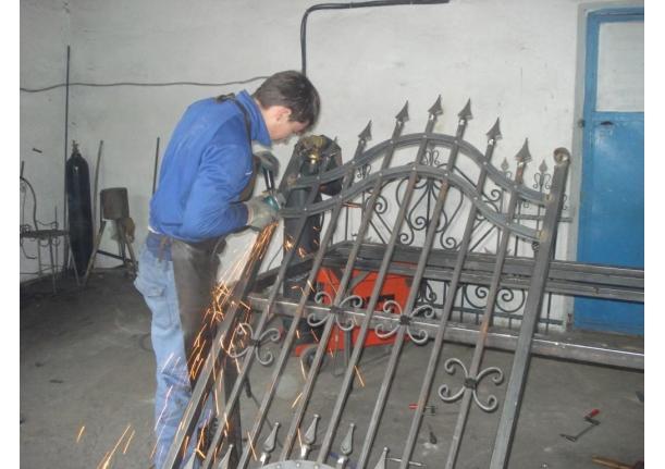 Atelier produse din fier forjat SC Tacaci SRL Fărcașa