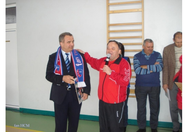 Caravana handbalistică ȘTIINȚA HCM Baia Mare și Narcisa Lecusanu la Fărcașa