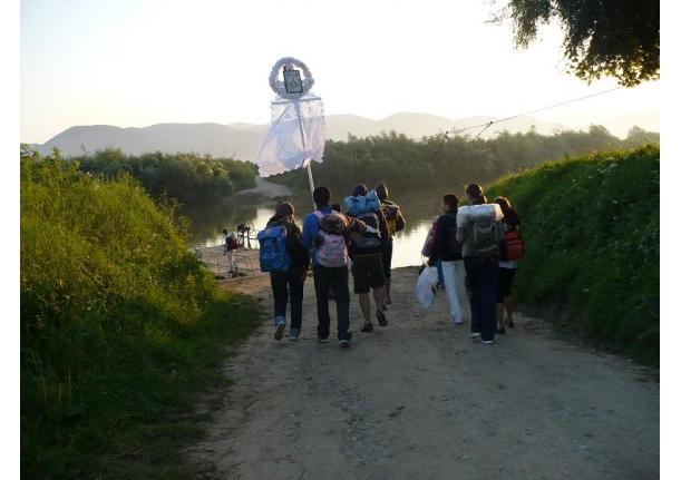 Pelerini din Fărcașa la mănăstirea de la Bixad