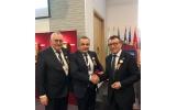 """Primarul comunei Fărcașa, d-l Ioan Stegeran """"PRIMAR DE 5 STELE""""."""